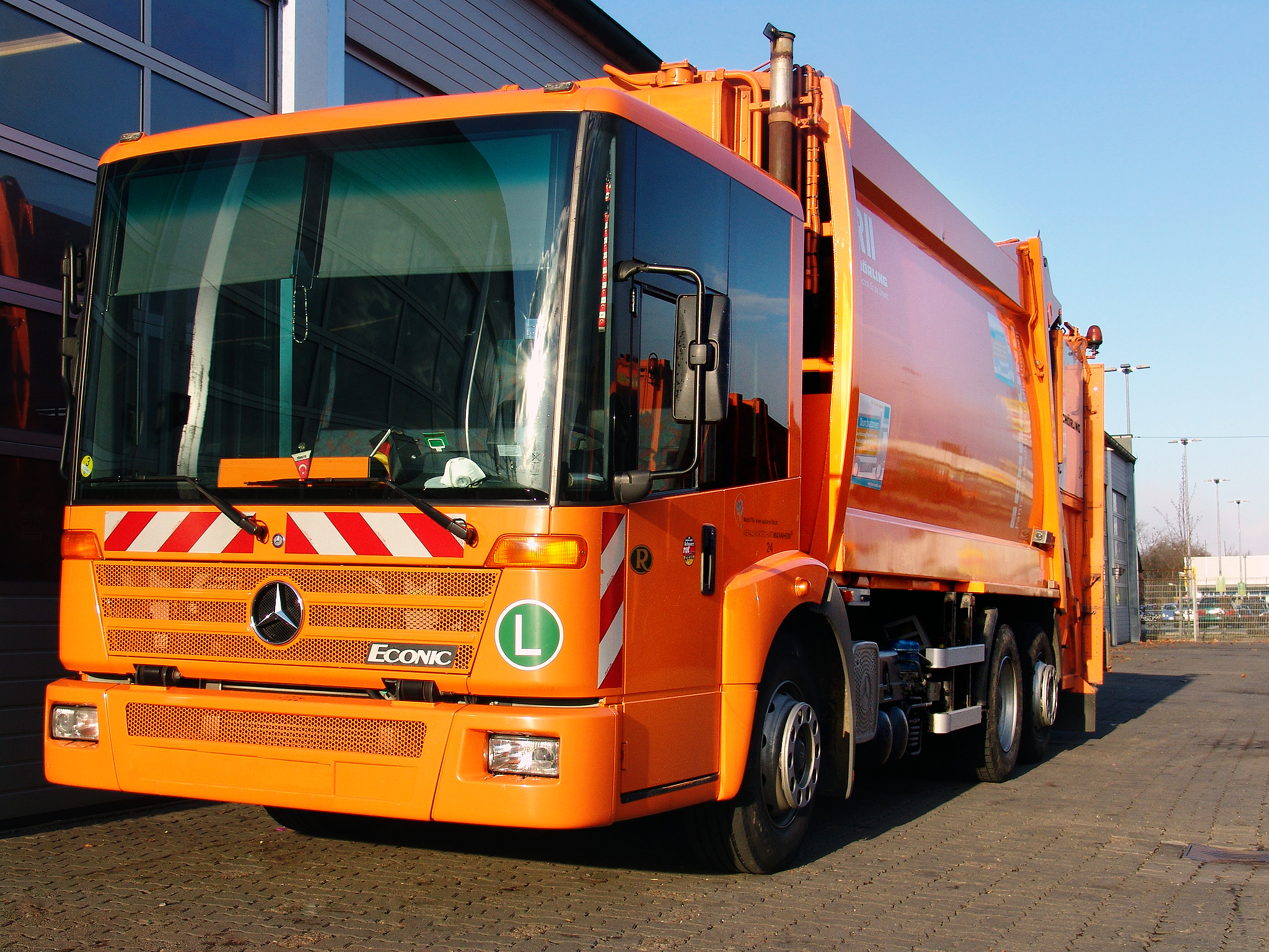 Mercedes Benz Econic garbage truck